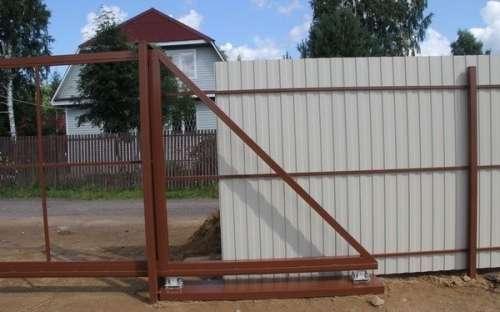 Устанавливаем дачные ворота